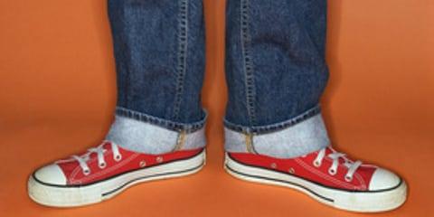 Sneaker am Arbeitsplatz: Fehltritt oder nicht?