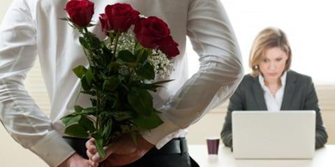Liebe im Job: Wenn's am Arbeitsplatz funkt