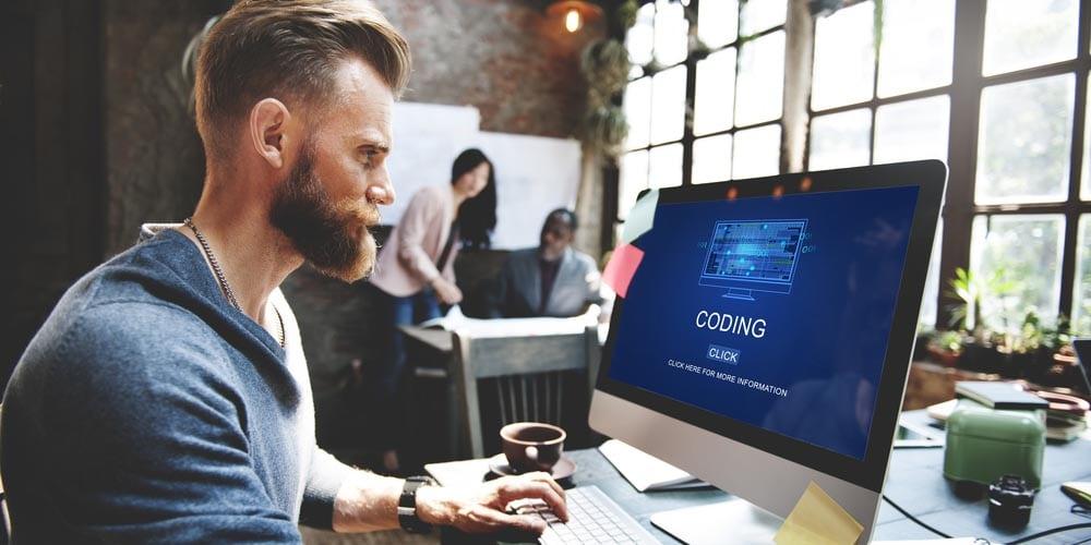 Mit einem Personalberater an der Seite steigen die Karrierechancen in der IT