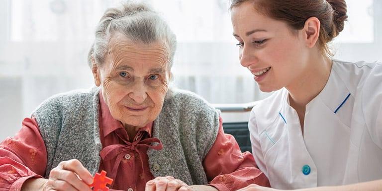 Pflegebranche sucht Personal