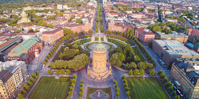 "Job and the City: Mannheim – Hip to be ""squared""!"
